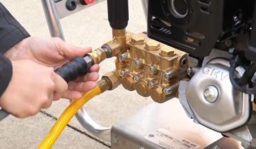 how to start a gas pressure washer